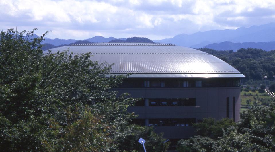 法政大学 多摩キャンパス 16号館<多目的共有施設(EGG DOME)>