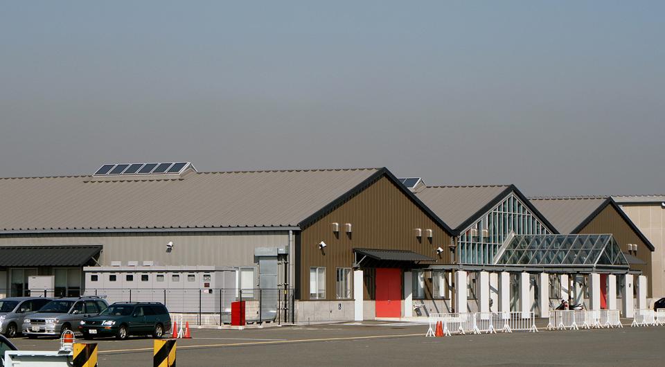 新港客船ターミナル映像文化施設