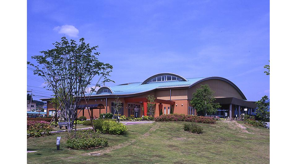 いずみフレンドパーク「八ヶ岳大泉図書館」