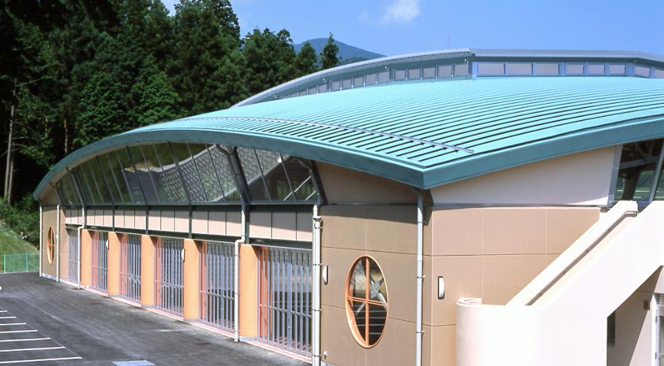 松野町屋内多目的広場「森の国ドーム」 | 元旦ビューティ工業 ...
