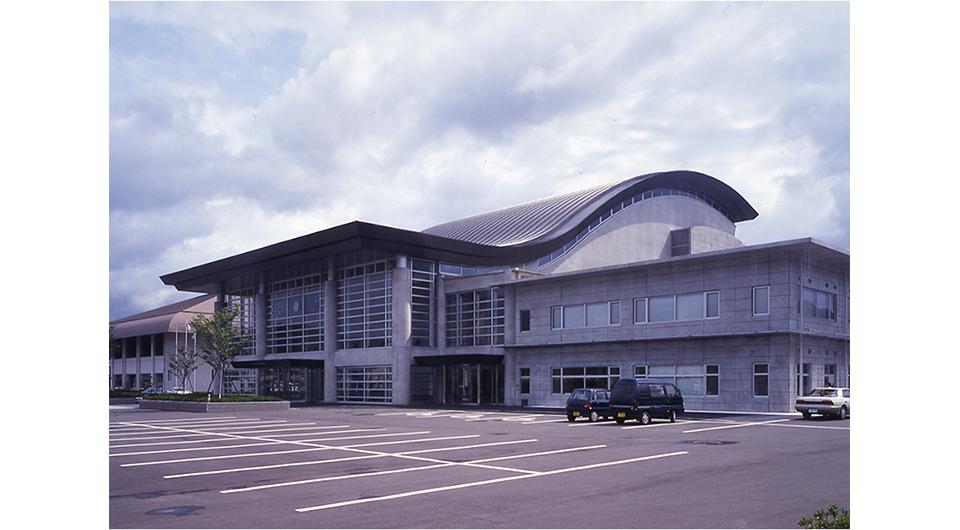 波佐見町総合文化会館(ウェイブホール)