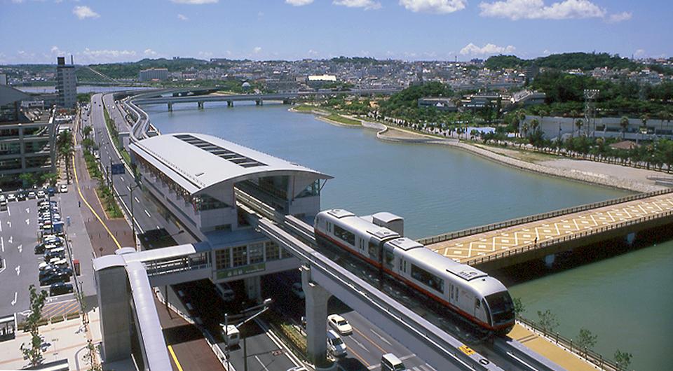 沖縄都市モノレール ゆいレール 壺川駅