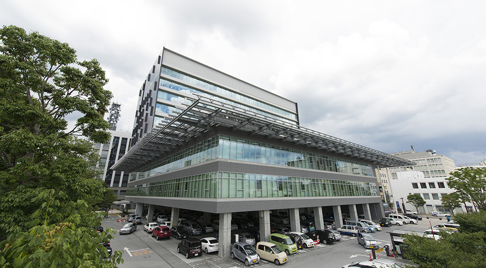 甲府市役所庁舎