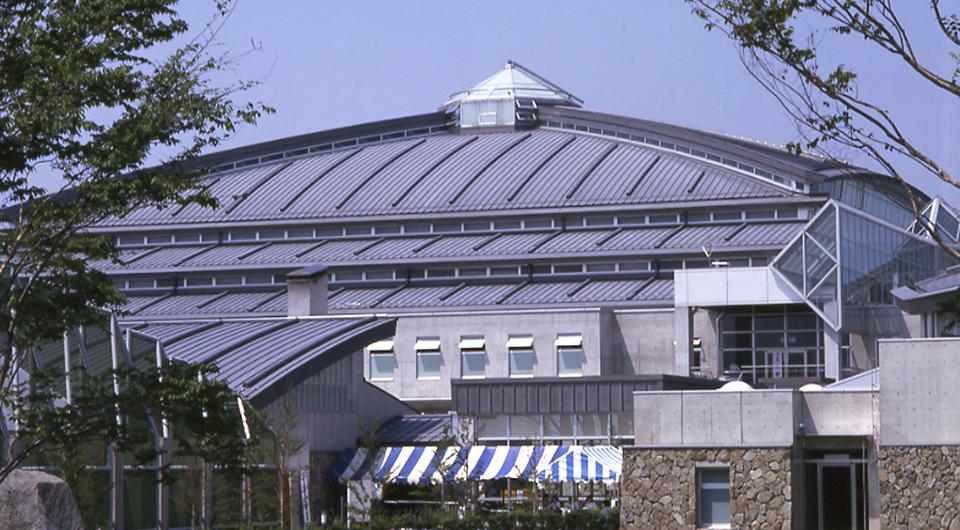 山梨県小瀬スポーツ公園武道館
