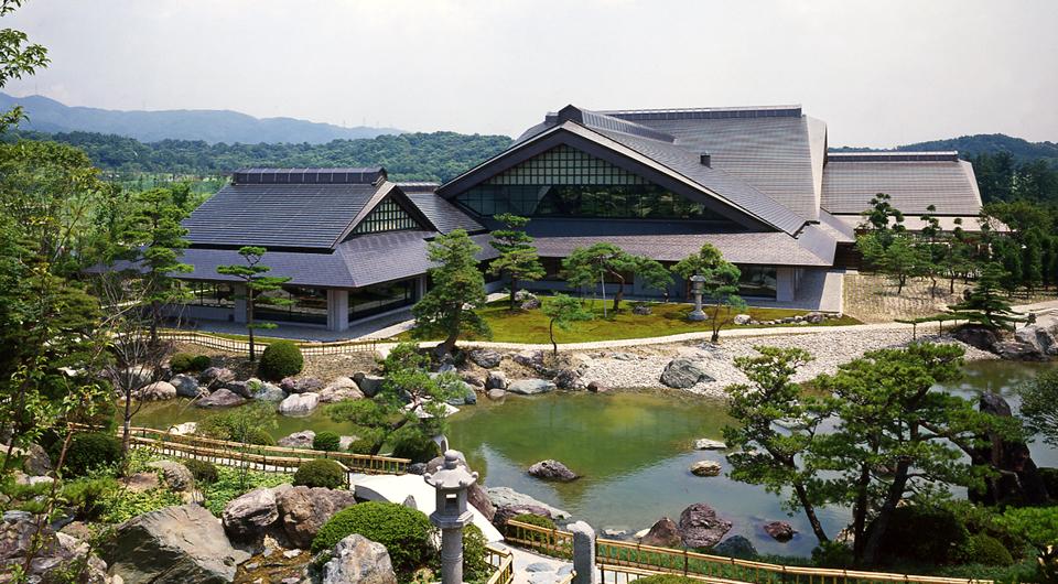 涼仙ゴルフ倶楽部クラブハウス