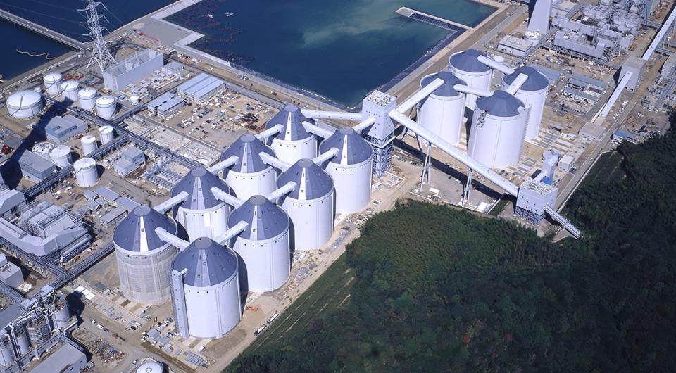 橘湾火力発電所石炭サイロ
