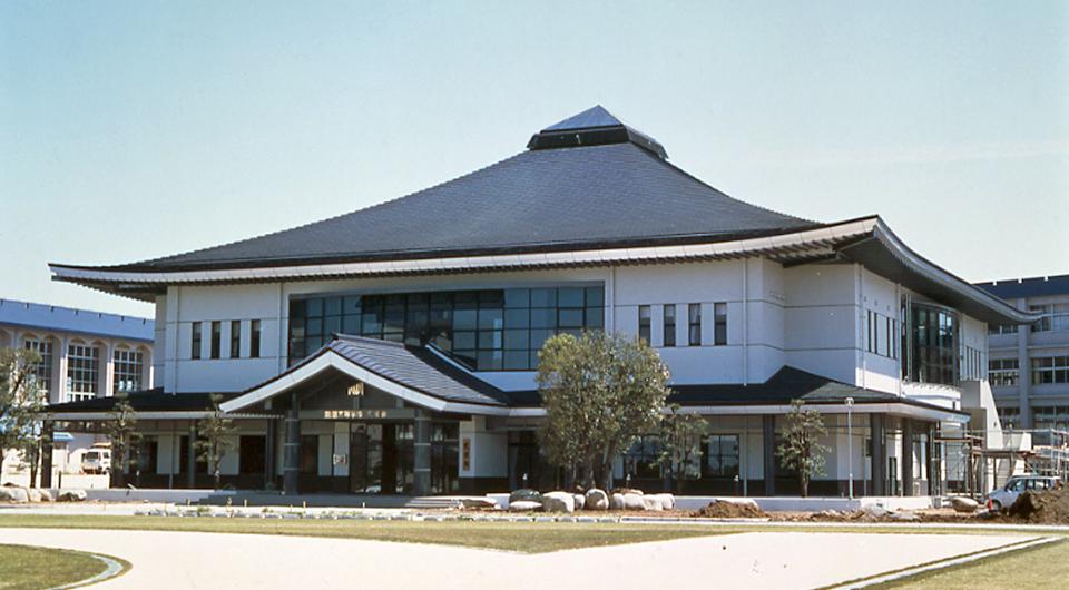 鳳凰高等学校武道館