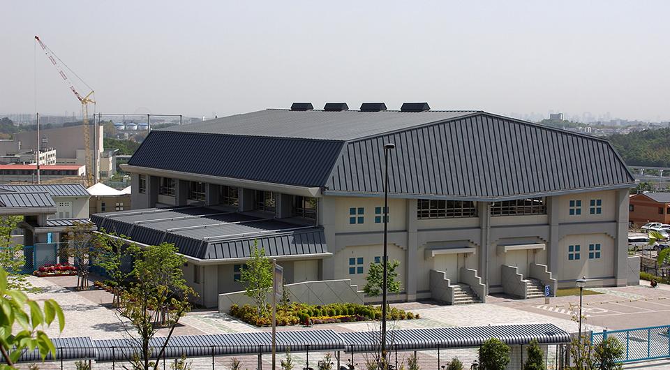 茨木市立彩都西小学校