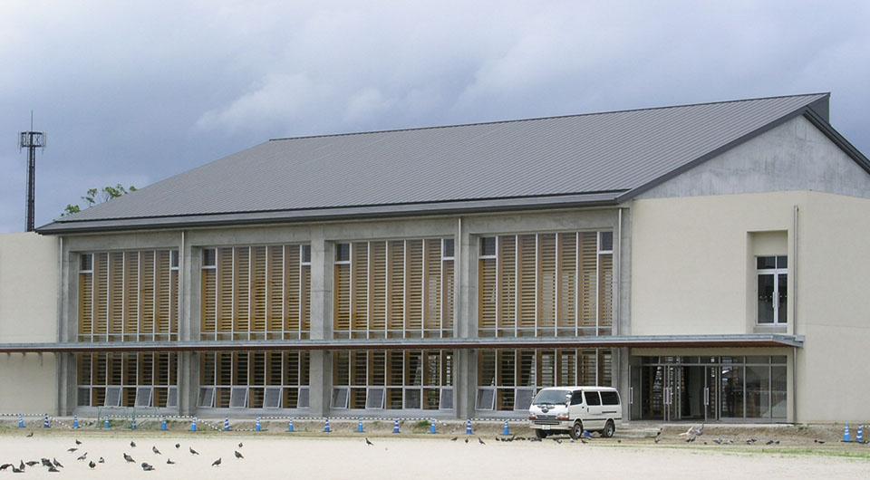 三根中学校 体育館