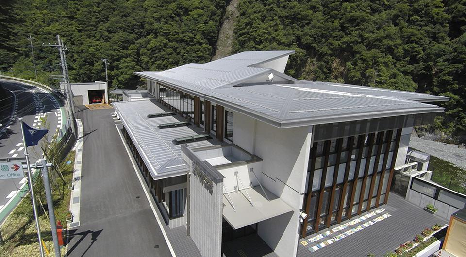 早川町役場庁舎