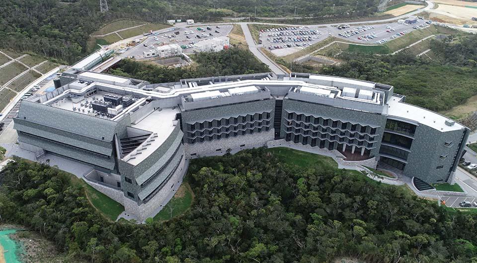 沖縄科学技術大学院大学 第4研究棟